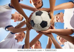 low-angle-view-boys-junior-450w-708003163