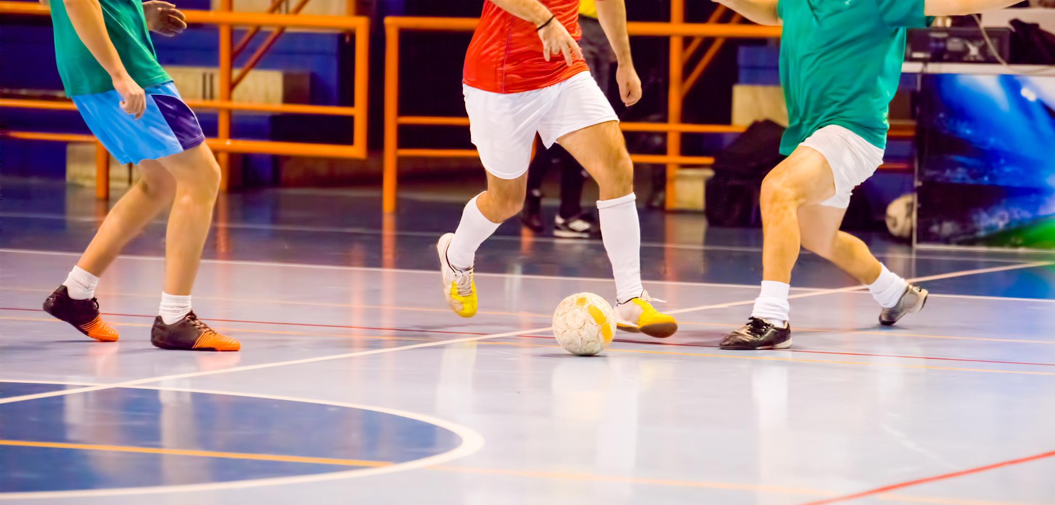 já-pensou-em-praticar-futsal-1